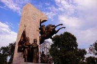 Fatih Sultan Mehmet Anıtı_4