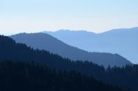 Dağlar Omuz Omuza