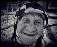 Gülmek Her Yaşta Güzel..