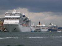 Yolcu Gemileri Salı Pazarı