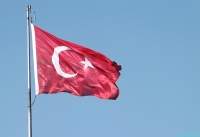 Sana Karşı Mahcubum Şanlı Bayrağım