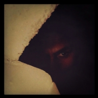 Karanlıklar İçinde..