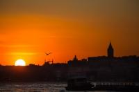 Güneş Gibi Aydınlık