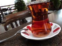 Bardaktaki Çaycı
