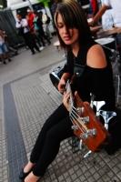 Sokakta Bas Gitar
