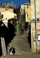 Merdivenim Kırk Ayak..
