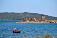 Güvercin Adası Manastırı