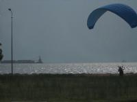 Ege Denizi Ve Paraşütçü...
