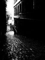 Sessiz Sokaklarda Kalırsın