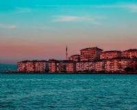 Deniz Ve Şehir