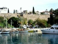 Antalya Kalesi Ve Yat Limanı