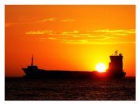 Güneşi Taşıyan Gemi