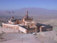 Tarihi �shakpa�a Saray�