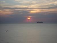 Bir Gün Batımındaki Martı İle Geminin Yanlızlığı