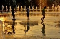 Göztepe Parkı Ve Çocuklar