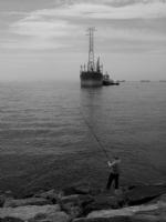 Balıkçı Ve Gemi