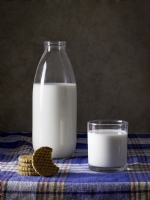 Süt Ve Kurabiye