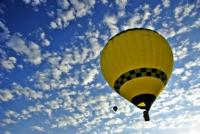 Bulutlara Sevdalı Balon