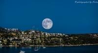 Ay Ve Şehir...