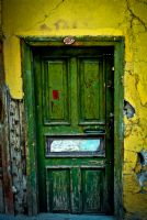 Eski Bir Kapı