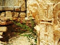 Tarihi Yapılar Arasından
