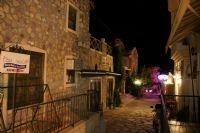 Datça Gecesinde Bir Sokak