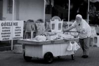 Ekmek Parası, Her Yaşta...