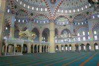 Taşoluk Camii