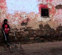 Yaşlı Şehir Ve Çocuk