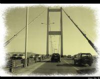 Köprüden Geçerken