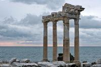 Side Apollon Tapınağı..