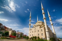 Akçaabat 4 Minareli Camii..