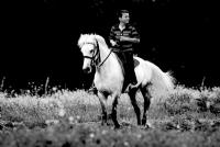 Beyaz Atlı