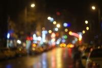 Gecenin Karanlığında Rengarenk Sokaklar..