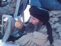 Afganlı Rolune Hazırlanıyor...