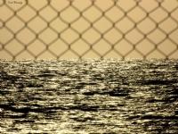 Önündeki Engeli Değilde Sonsuz Denizi Gör