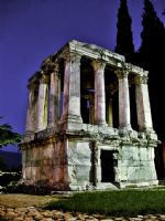 Geceleyin Gümüşkesen Anıt Mezarı