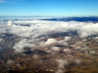 Bulutların Üstünde...