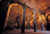 Tarihî Diyarbakır Surları