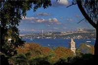 Sarı Sonbahar Pencersini Açınca İstanbul'a