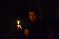 Karanlikta,özlemin Kovaliyor Ardin Sira...