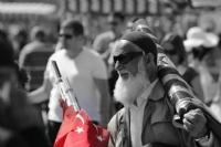 Bayrak Satıcısı