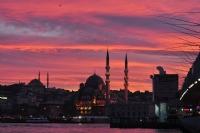 İstanbul'a Bakıyorum Hayranlıkla...