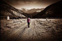 Yürüdükçe Bitmeyecek Bir Yoldur Sonsuzluk..