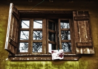 Kapalı Pencere