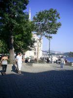 Ortaköy'ün Gölgesinde
