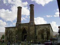 Çifte Minareler