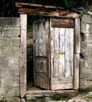 Kapı...